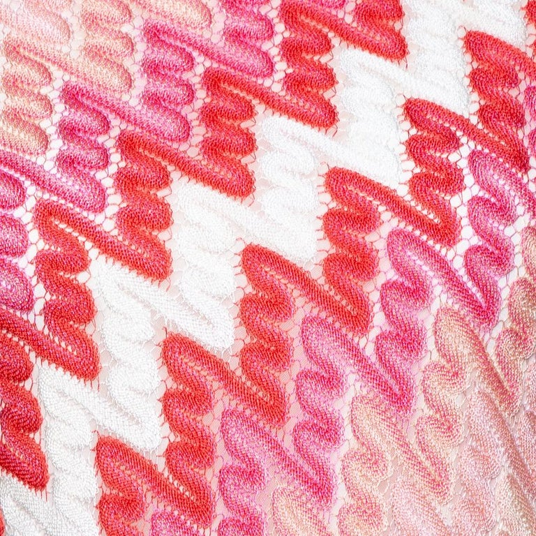 Missoni Pink Patterned Knit Skater Dress L In Good Condition For Sale In Dubai, Al Qouz 2