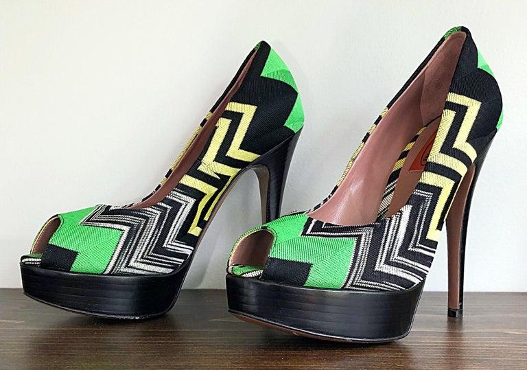 Missoni Size 36 / 6 Green + Yellow Zig Zag Platforms Peep Toe High Heels Shoes For Sale 3