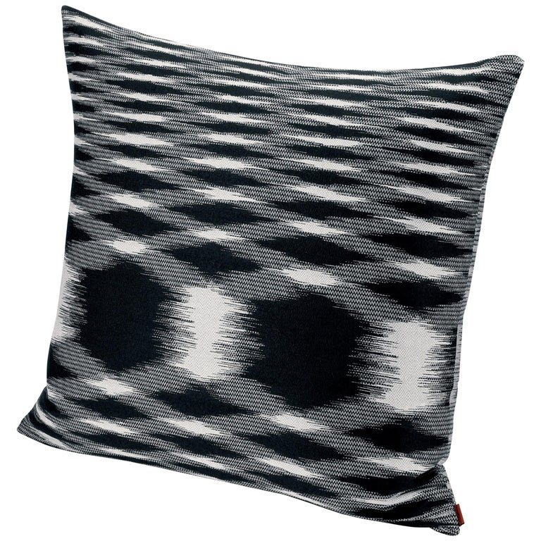 MissoniHome Svezia Cushion in Black & White Flame Print  For Sale
