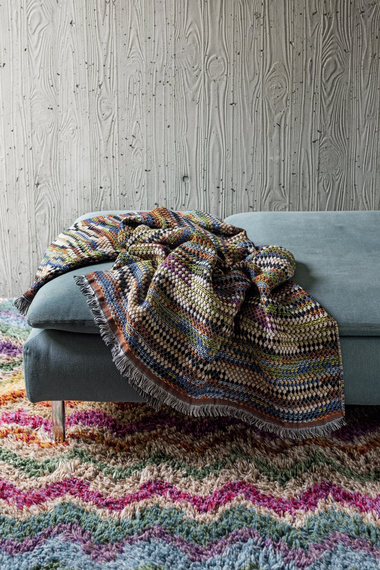 Italian MissoniHome Venere Throw in Multi-Color Woven Wool with Knobbly Effect For Sale