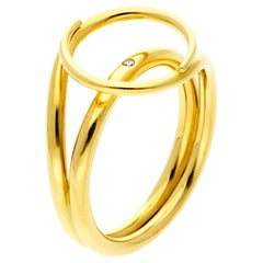 Misui Medium Fluent Ring in 18 Karat Gold with a White Diamond