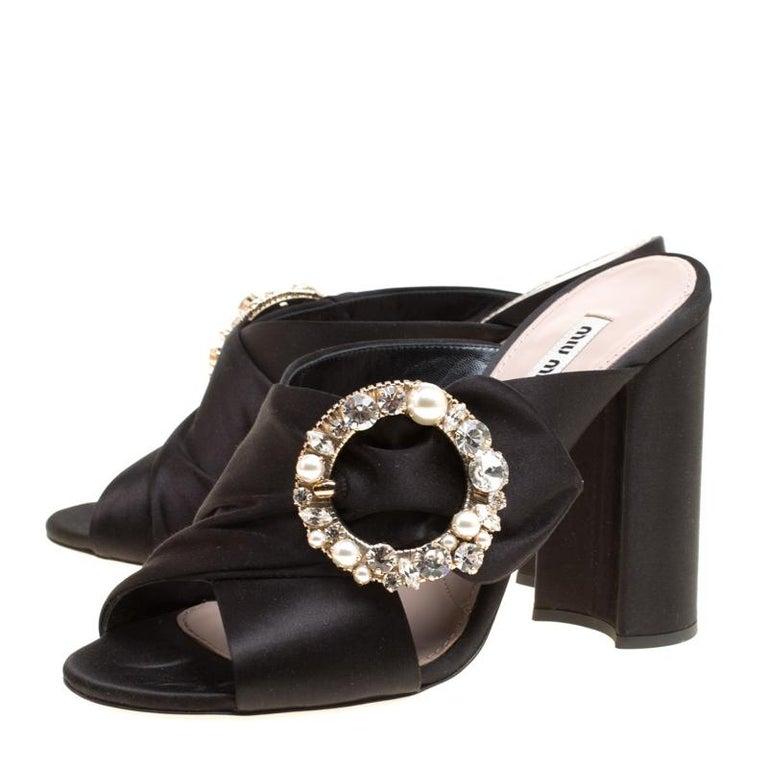 Miu Miu Black Satin Crystal and Faux Pearl Embellished Brooch Peep Toe Mules Siz 2