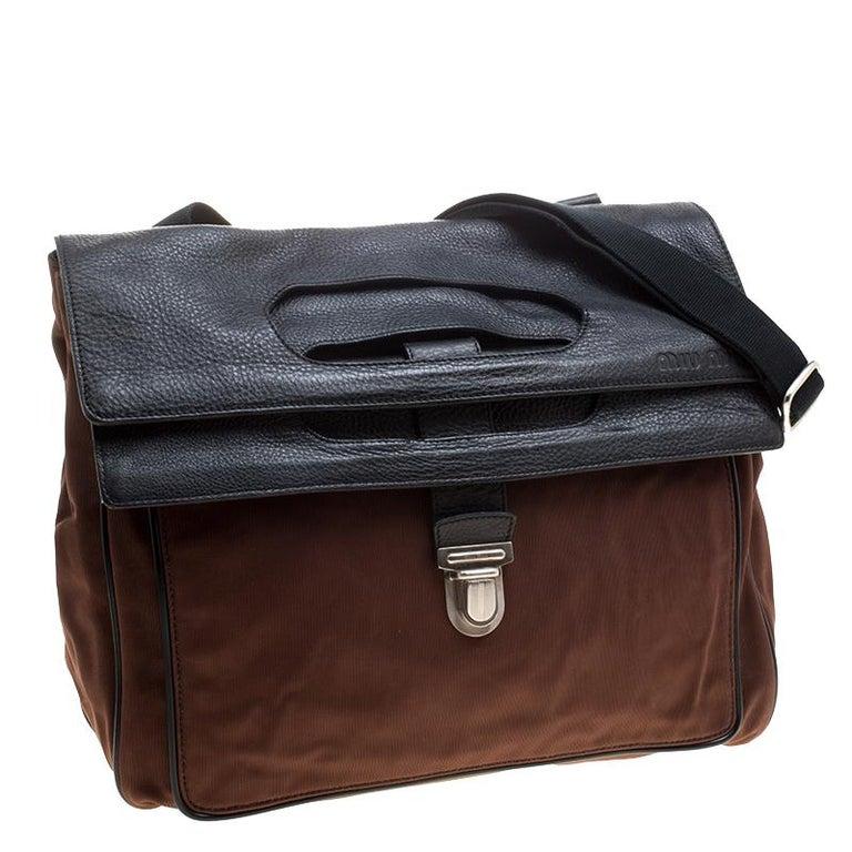 Women's Miu Miu Brown/Black Nylon and Leather Messenger Bag For Sale