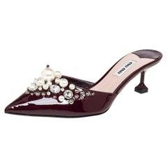 Miu Miu Burgundy Patent Leather Pearl Pointed Toe Mule Sandals Size 37.5