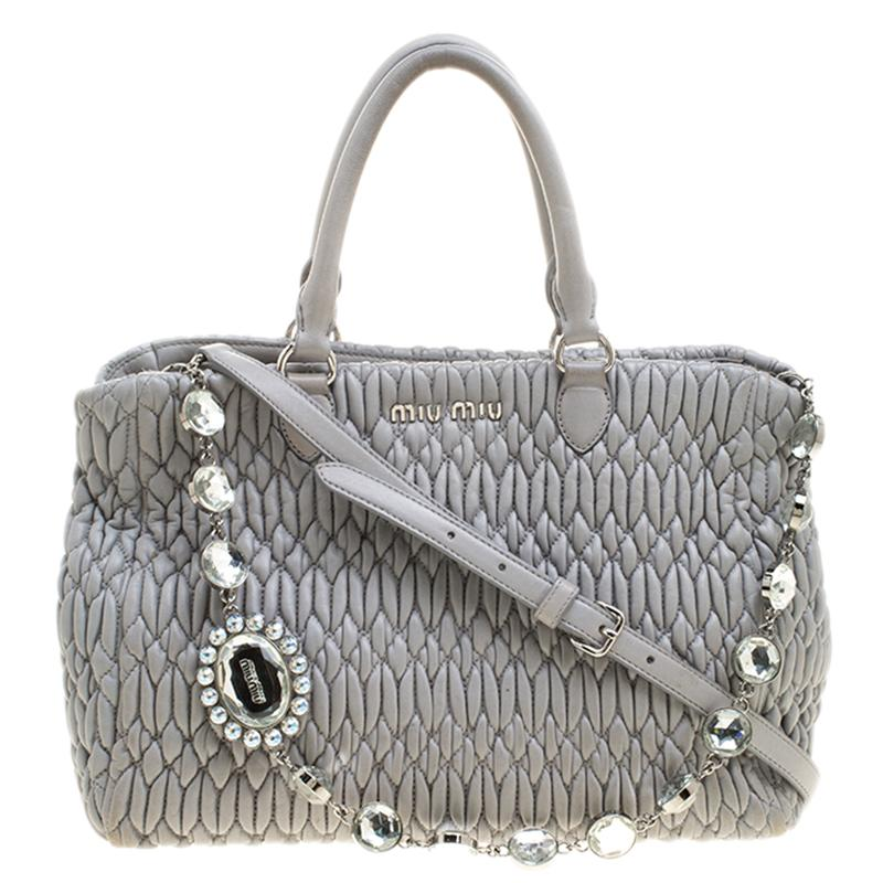 1bc0e751c235 Vintage miu miu Handbags and Purses - 133 For Sale at 1stdibs
