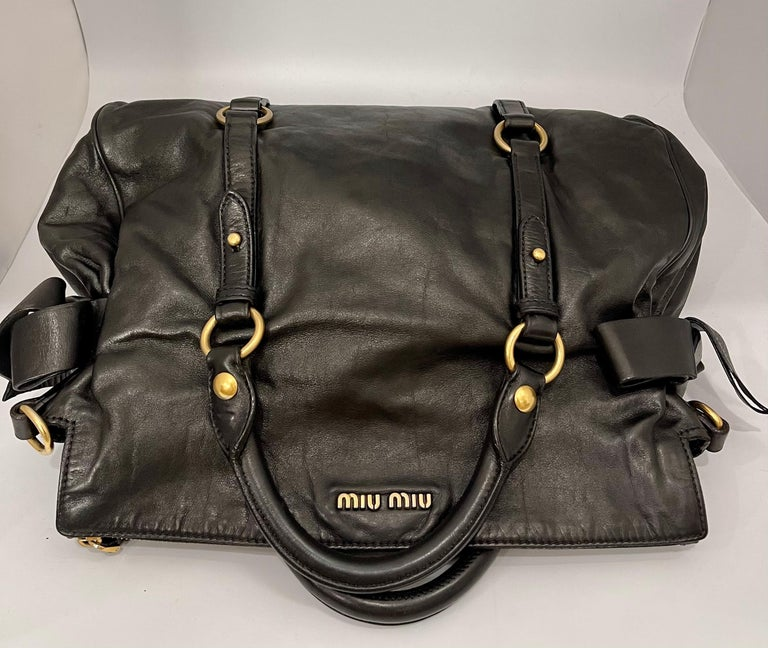 Miu Miu Prada Bow Vitello Lux Medium Calfskin Leather Satchel, Black, Bow bag In Good Condition For Sale In Scarsdale, NY