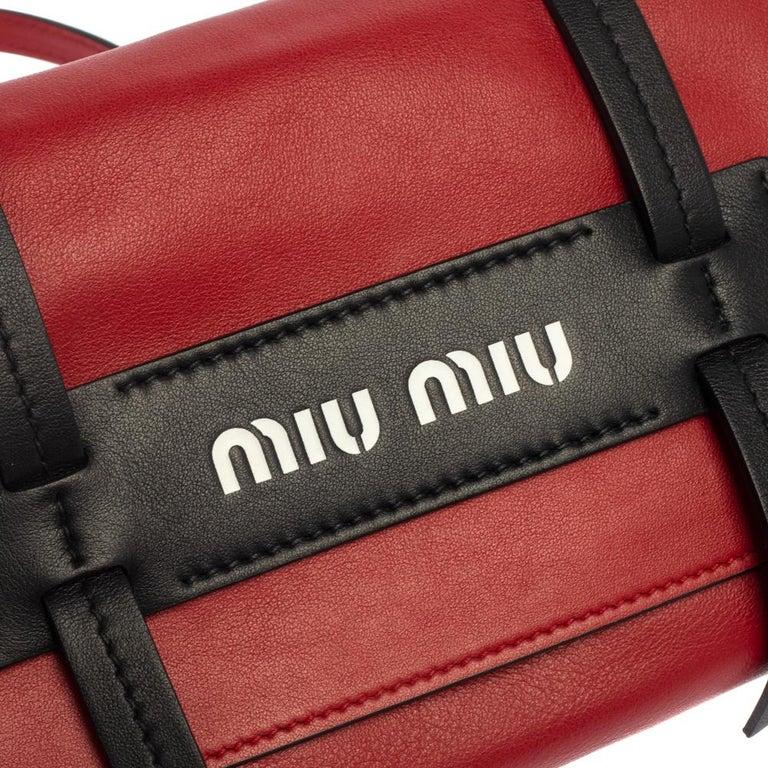 Miu Miu Red Leather Grace Shoulder Bag For Sale 4