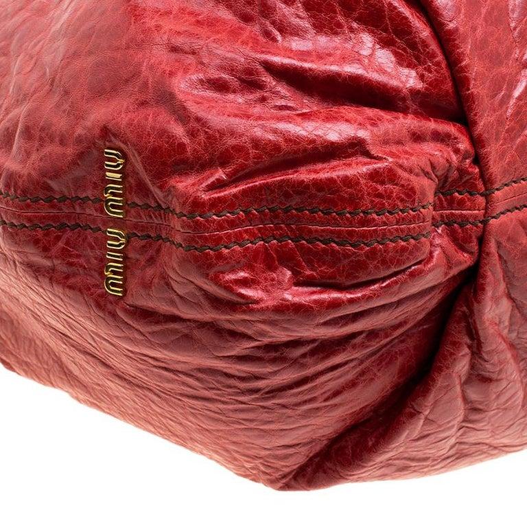 ea2f4b26eea Miu Miu Red Vitello Lux Leather Frame Top Handle Bag For Sale at 1stdibs