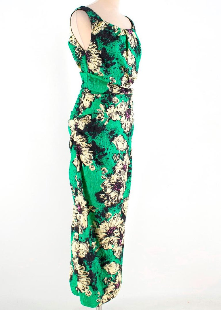 MIU MIU Silk Blend Floral Printed Dress RRP £2025.00  - Boat neck  - Slim Gathered Waist  - Fully lined  - Back Zip   Material  - 57% Silk  - 41% Polyamide  - 2% Elastane  Lining:  - 95% Viscose  - 5% Elastane   Made in Italy   Dry Clean Only