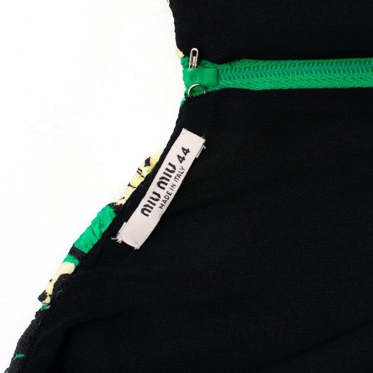 Women's Miu Miu Ruched floral-print silk-blend cloqué midi dress M 40 For Sale