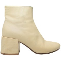 MM6 Maison Margiela Cream Leather Ankle Boots
