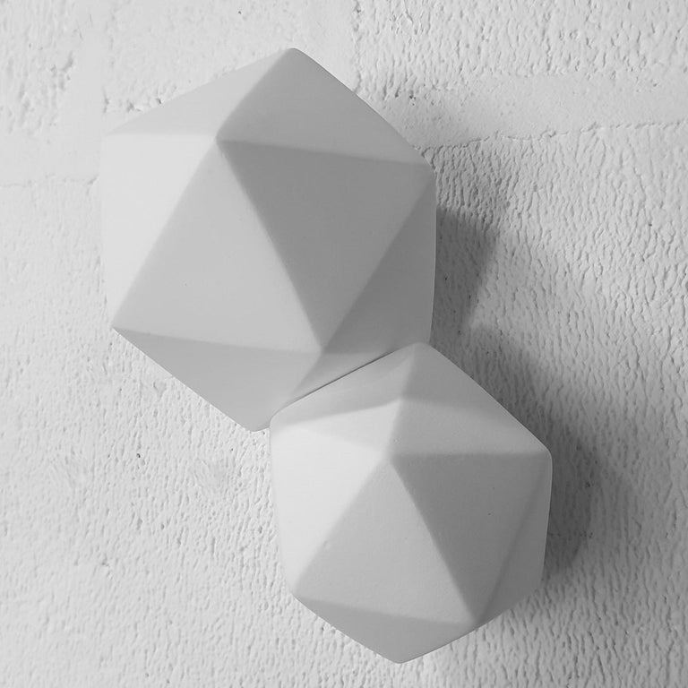 Icosahedron 2 - contemporary modern abstract geometric ceramic wall sculpture - Contemporary Sculpture by Mo Cornelisse