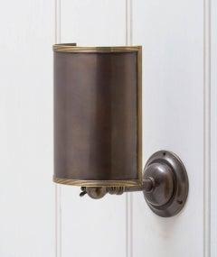 Mo Swivel Wall Lamp