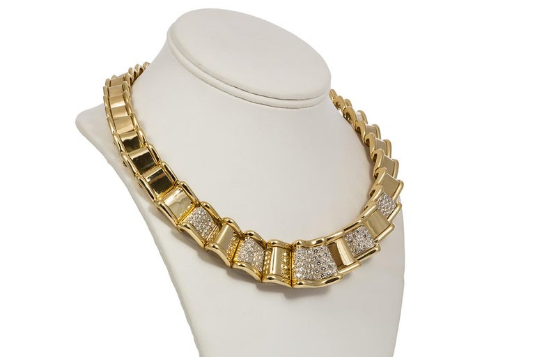 Moboco 18 Karat Yellow Gold and Diamond Ribbon Jewelry Set In Excellent Condition For Sale In Tustin, CA
