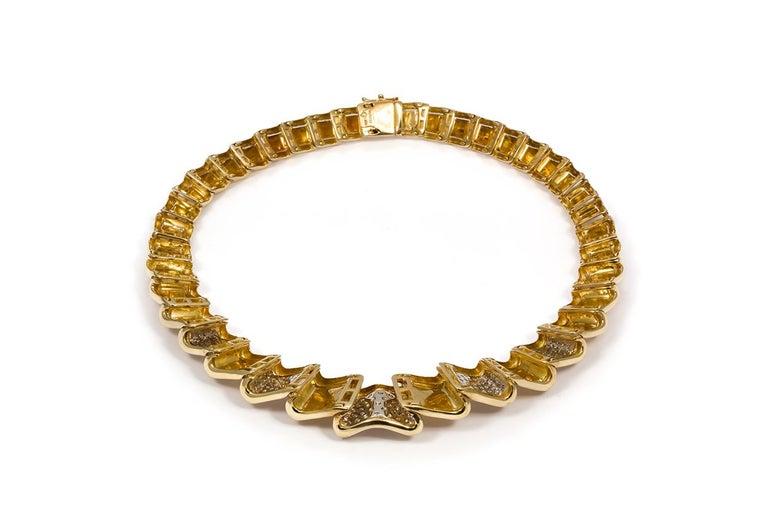 Moboco 18 Karat Yellow Gold and Diamond Ribbon Jewelry Set For Sale 3