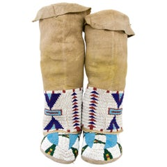 Moccasins and Leggings, Sioux 'Plains', circa 1910, Native American Beadwork