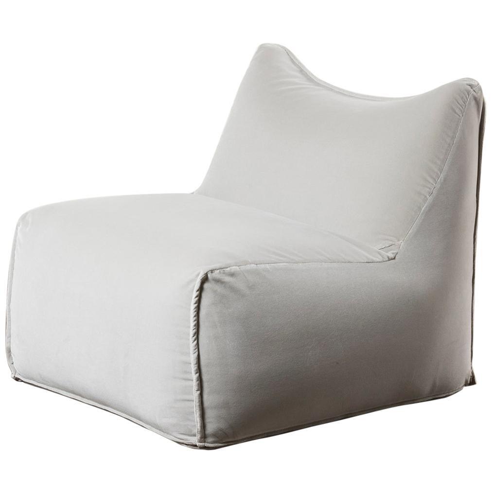 """Mod """"Le Bambole"""" Armchair by Mario Bellini"""