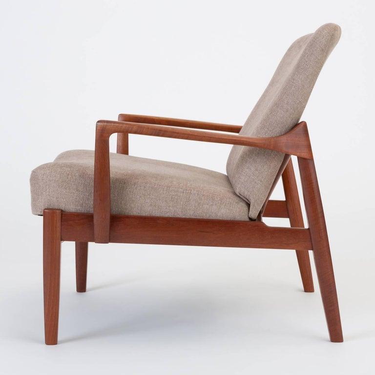 Model 125 Lounge Chair by Tove & Edvard Kindt-Larsen for France & Son For Sale 3