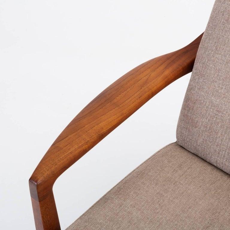 Model 125 Lounge Chair by Tove & Edvard Kindt-Larsen for France & Son For Sale 9