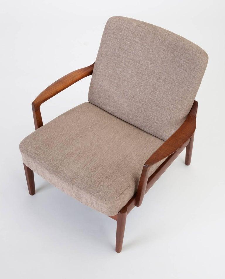 Danish Model 125 Lounge Chair by Tove & Edvard Kindt-Larsen for France & Son For Sale