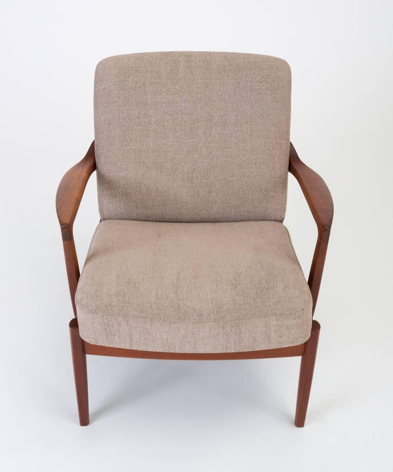 Mid-20th Century Model 125 Lounge Chair by Tove & Edvard Kindt-Larsen for France & Son For Sale
