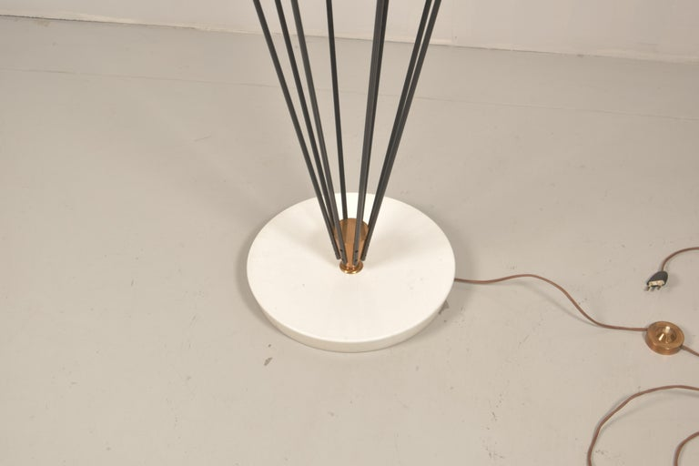 Model 12628 'Siluro' Floor Lamp by Angelo Lelli for Arredoluce, Italy, 1957 In Good Condition For Sale In Rovereta, SM