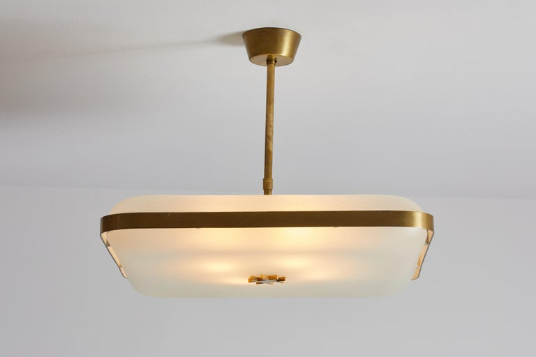 Model 2022 flush mount ceiling light by Max Ingrand for Fontana Arte. Designed and manufactured in Italy, circa 1960s. Satin glass with brushed brass hardware. Takes four E27 40w maximum bulbs. Literature: Quaderno Fontana Arte n. 1, p. 12.