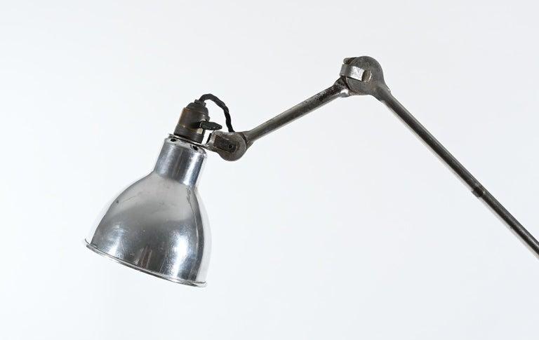 Art Deco Model 215 Mobile Gras Ravel Floor Lamp For Sale
