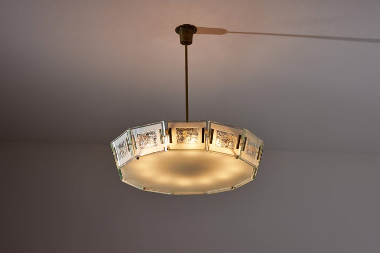 Model 2270 Ceiling Light by Max Ingrand In Good Condition For Sale In Los Angeles, CA