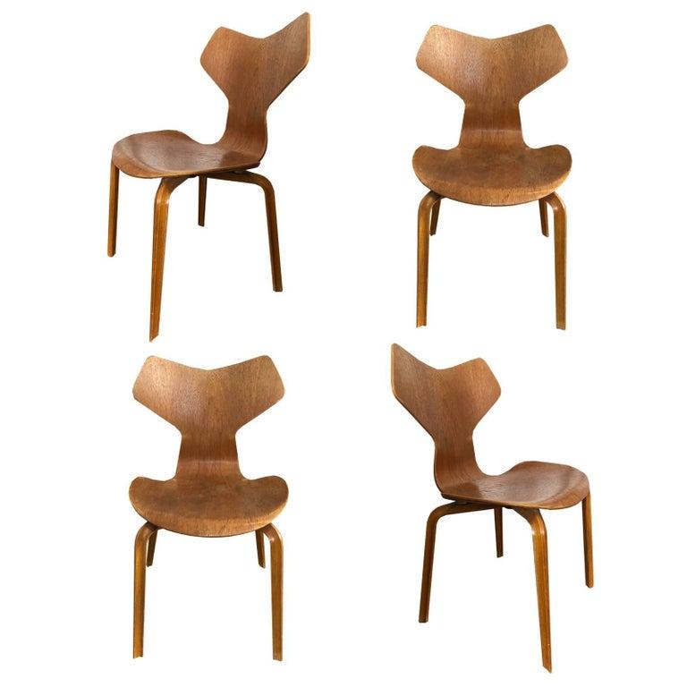 Model 3130 Grand Prix Chair by Arne Jacobsen for Fritz Hansen