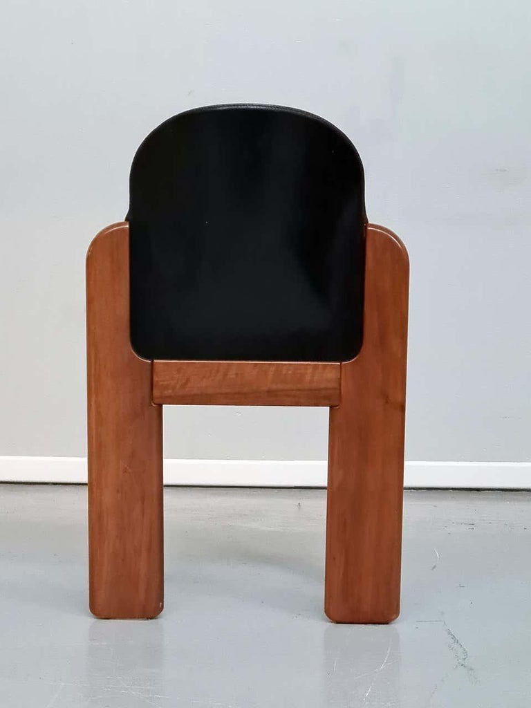 Mid-Century Modern Black Leather Model 330 Dining Chair, Silvio Coppola, Fratelli Montina, 1970s