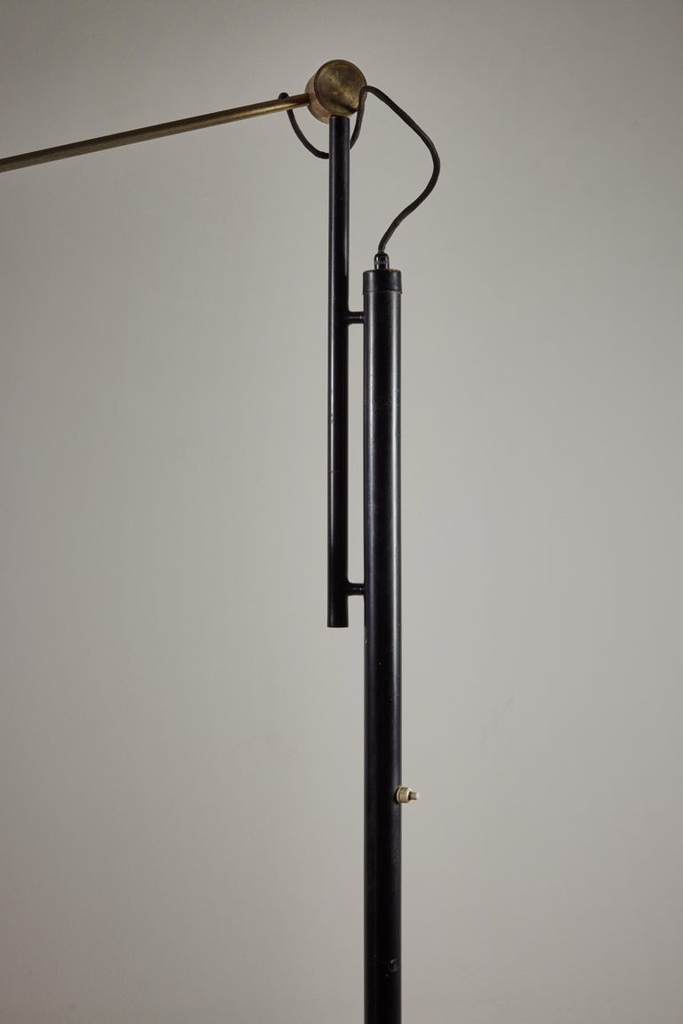 Model 387 Floor Lamp by Tito Agnoli for Oluce For Sale 3