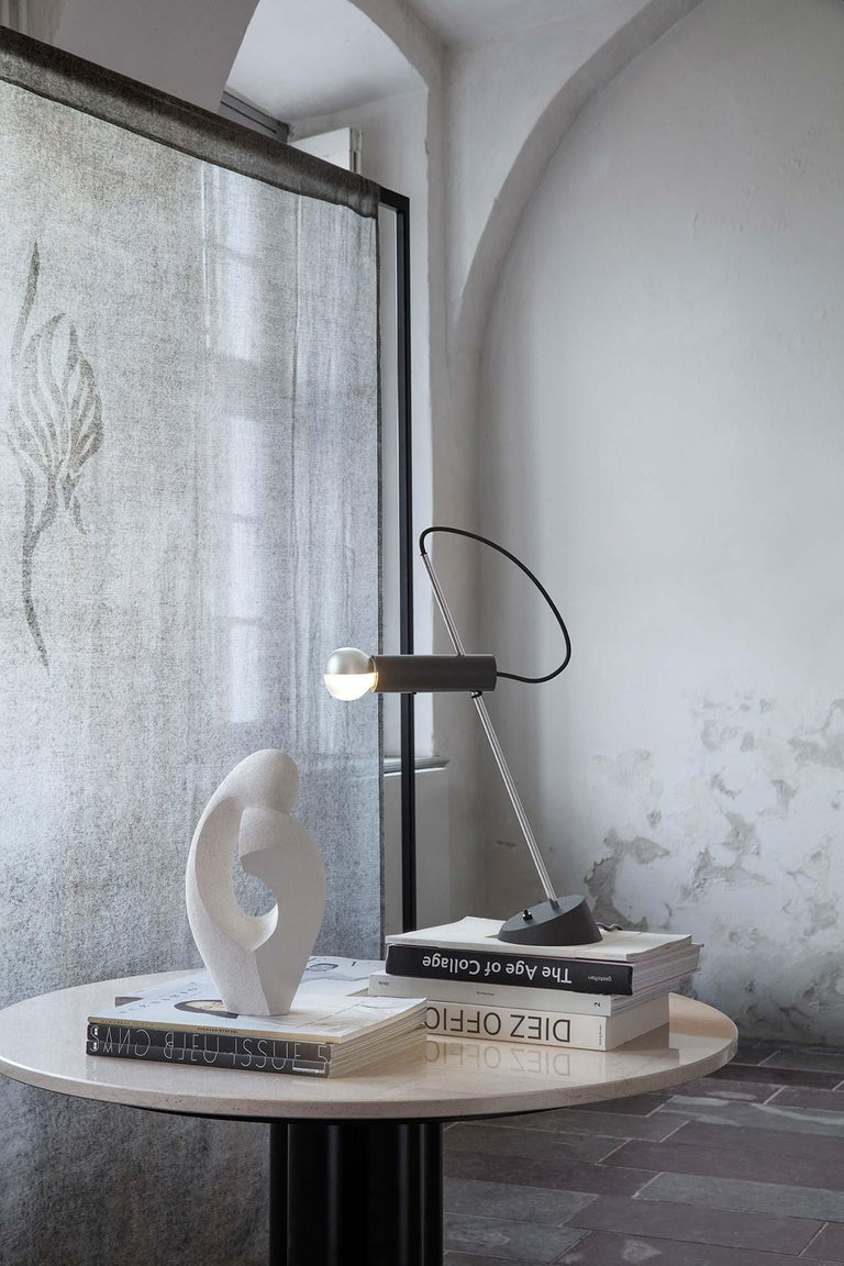 Italian Model 566 Table Lamp by Gino Sarfatti For Sale