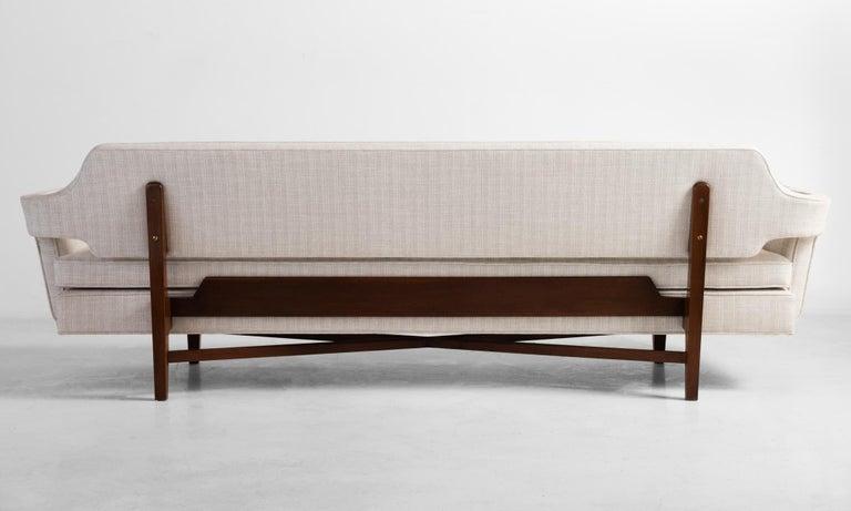 American Model 6133 Sofa by Edward Wormley, America, circa 1960 For Sale