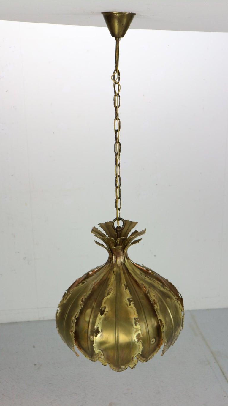 Scandinavian Modern Model 6395 Hanging Lamp by Svend Aage Holm Sørensen for Holm Sørensen & Co, 1960 For Sale