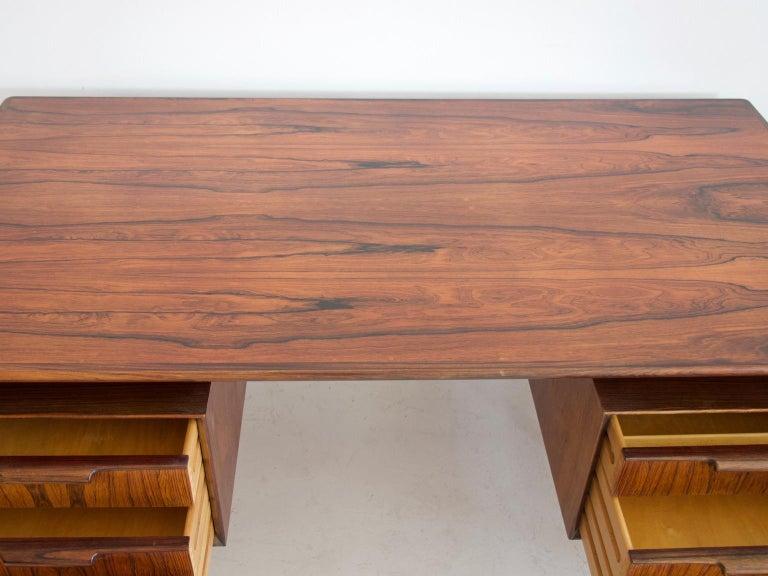 Model 75 Writing Desk by Omann Jun Mobelfabrik In Good Condition For Sale In Madrid, ES