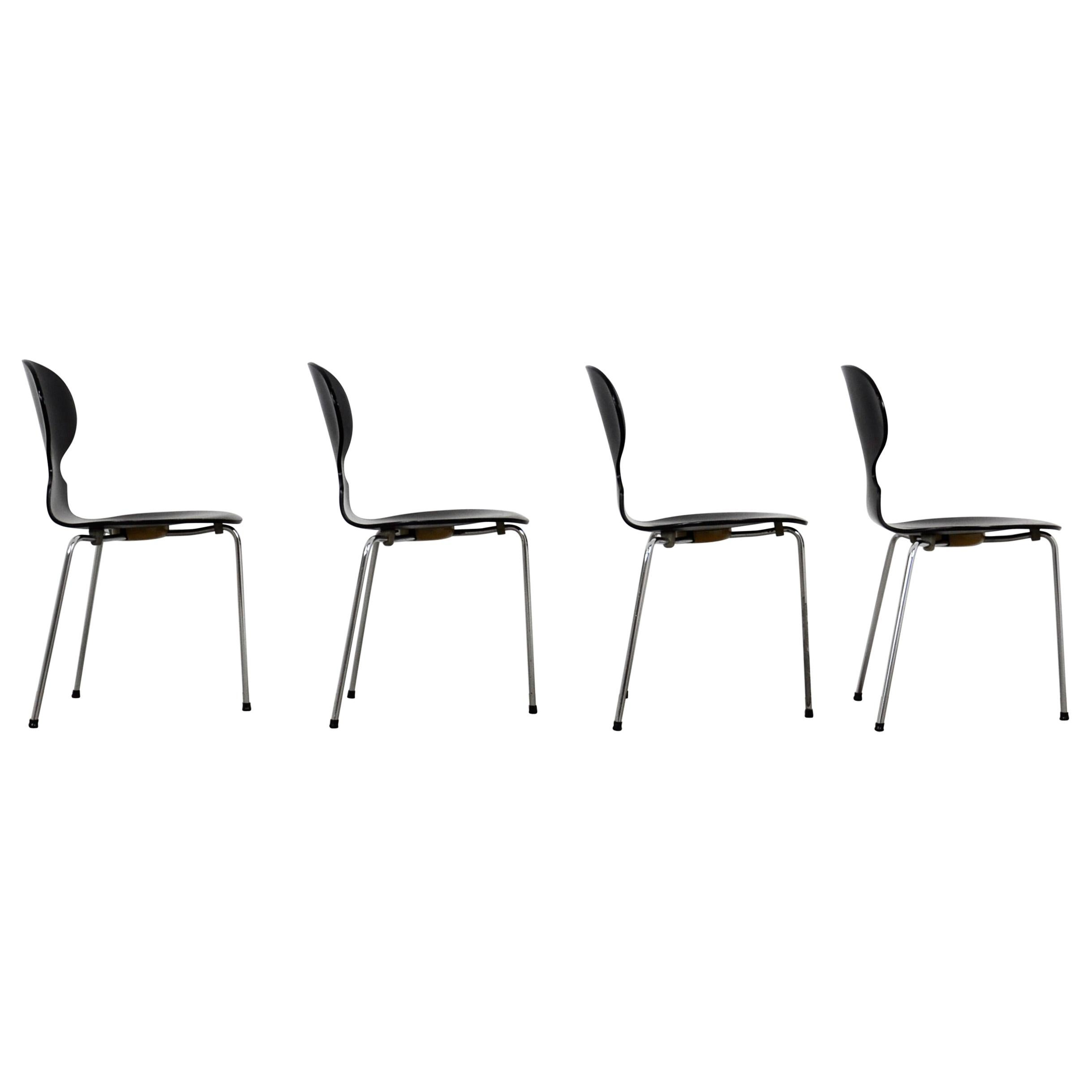 Model Ant Dining Chairs by Arne Jacobsen for Fritz Hansen, 1950s, Set of 4