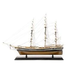 Model Clipper Ship 'Flying Cloud'