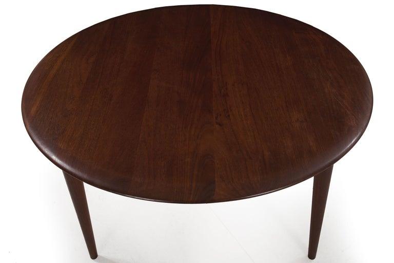 Model FD 515 Teak and Wicker Coffee Table by Peter Hvidt & Orla Mølgaard Nielsen For Sale 4