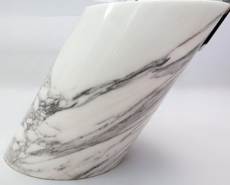 Model K1000 White Marble and Glass Coffee Table by Team Form for Ronald Schmitt For Sale 1