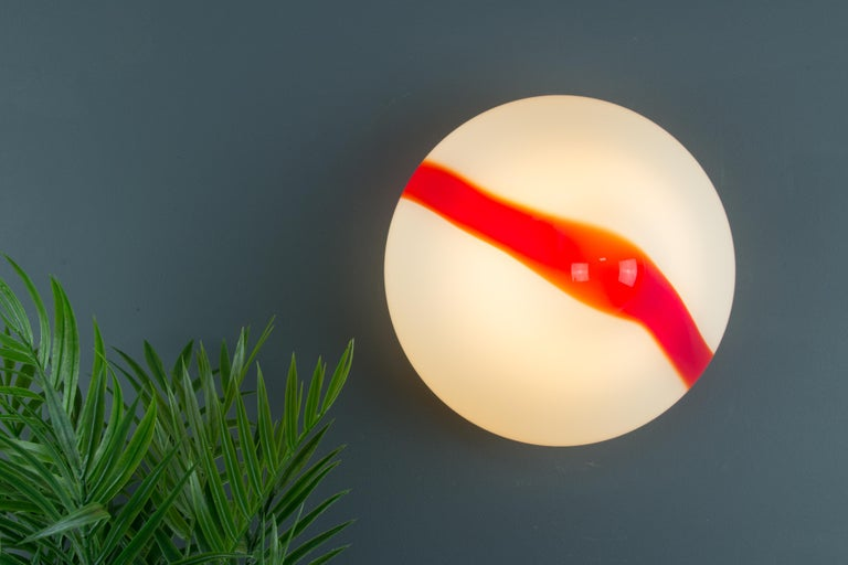 Model MICO Murano White & Red Glass Ceiling Lamp by Renato Toso for Leucos, 1972 For Sale 13