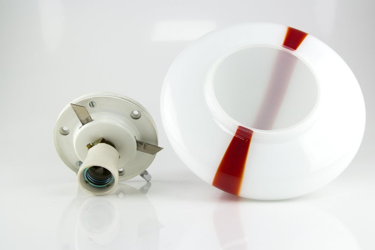 Model MICO Murano White & Red Glass Ceiling Lamp by Renato Toso for Leucos, 1972 For Sale 10