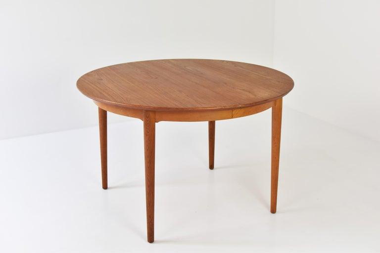 Danish Model No. 204 Dining Table by Arne Vodder for Sibast Mobler, Denmark, 1955 For Sale