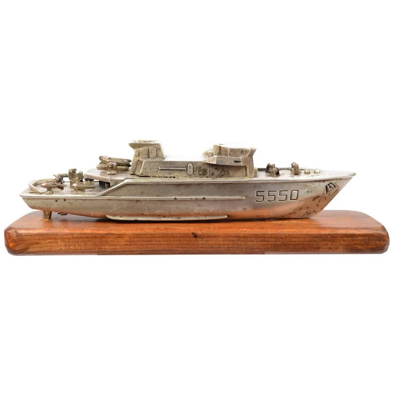 Model of an Italian Navy 5500 Ship, Brass and Wood, 1970s For Sale