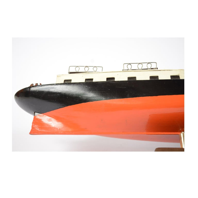 Model of the Danish Steamer Hjejlen, Black and Red Wood For Sale 9