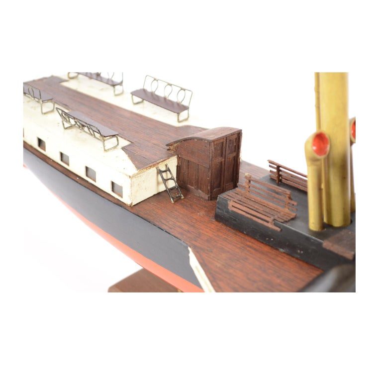 Model of the Danish Steamer Hjejlen, Black and Red Wood For Sale 13