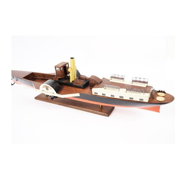 Model of the Danish Steamer Hjejlen, Black and Red Wood In Good Condition For Sale In Milan, IT
