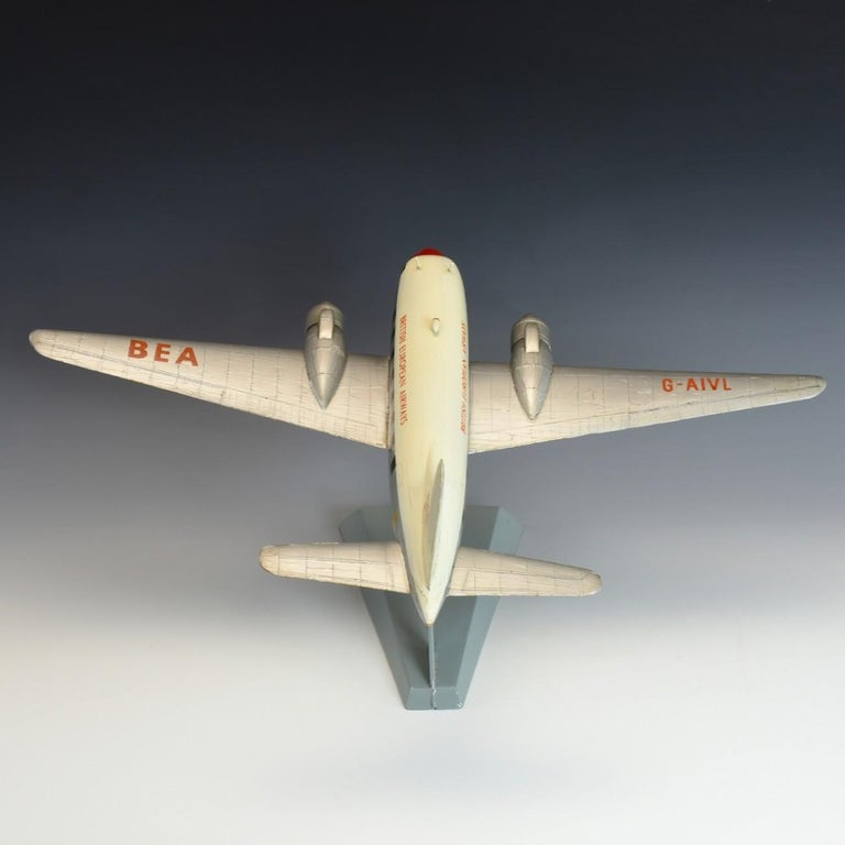 Model 'Vickers Viking' Aircraft, circa 1950 In Good Condition For Sale In London, GB