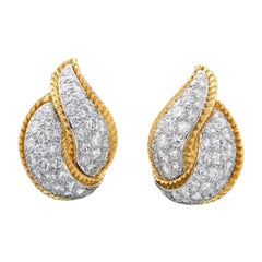 Modele Sterle 5.25 Carat Diamond 18 Karat Yellow Gold Leaf Earrings