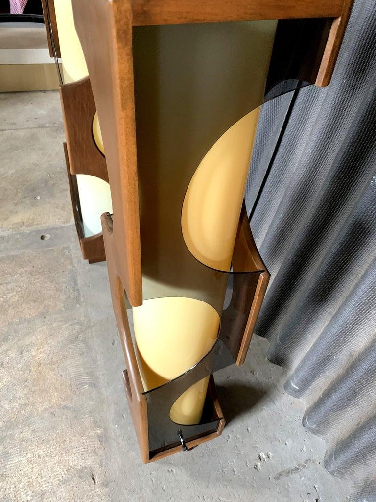 Modeline Monumental Mid-Century Modern Lucite Lamps For Sale 3